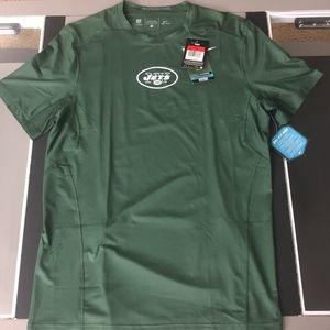 NWT Nike FITTED Hypercool dri-fit New York Jets L
